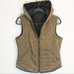 Prana reversible embroidered lightly puffed vest